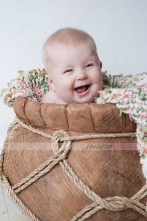 professional baby portrait photographer